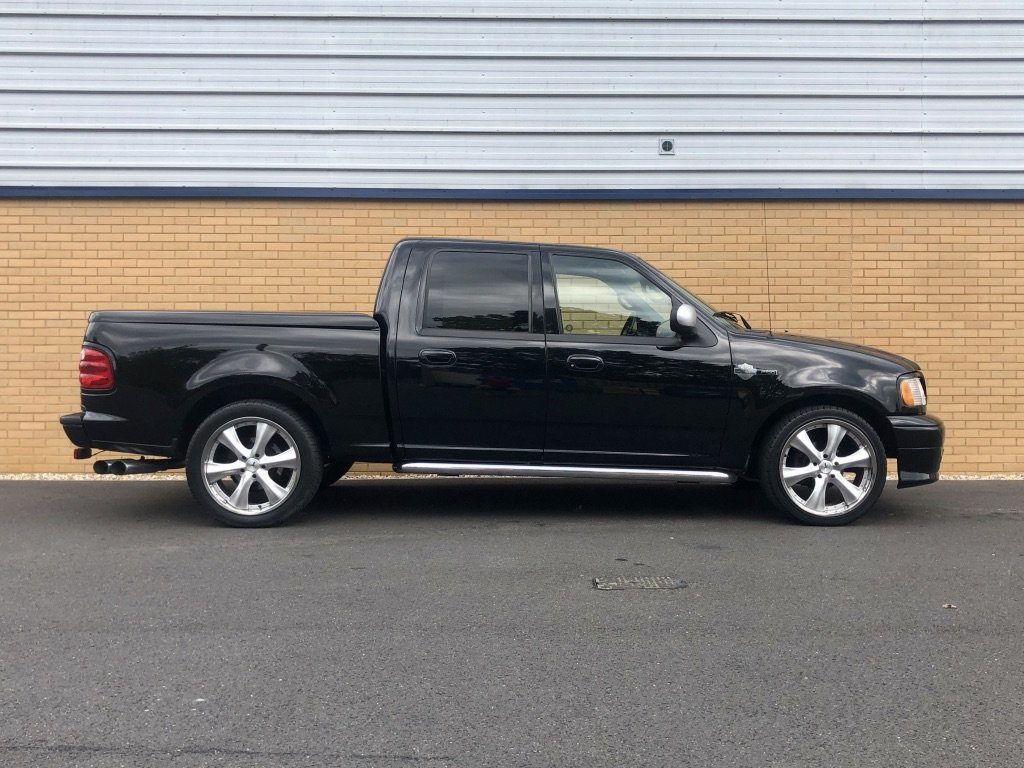 2001 FORD F-150 // HARLEY DAVIDSON LTD // 5.4L // px swap For Sale (picture 5 of 10)