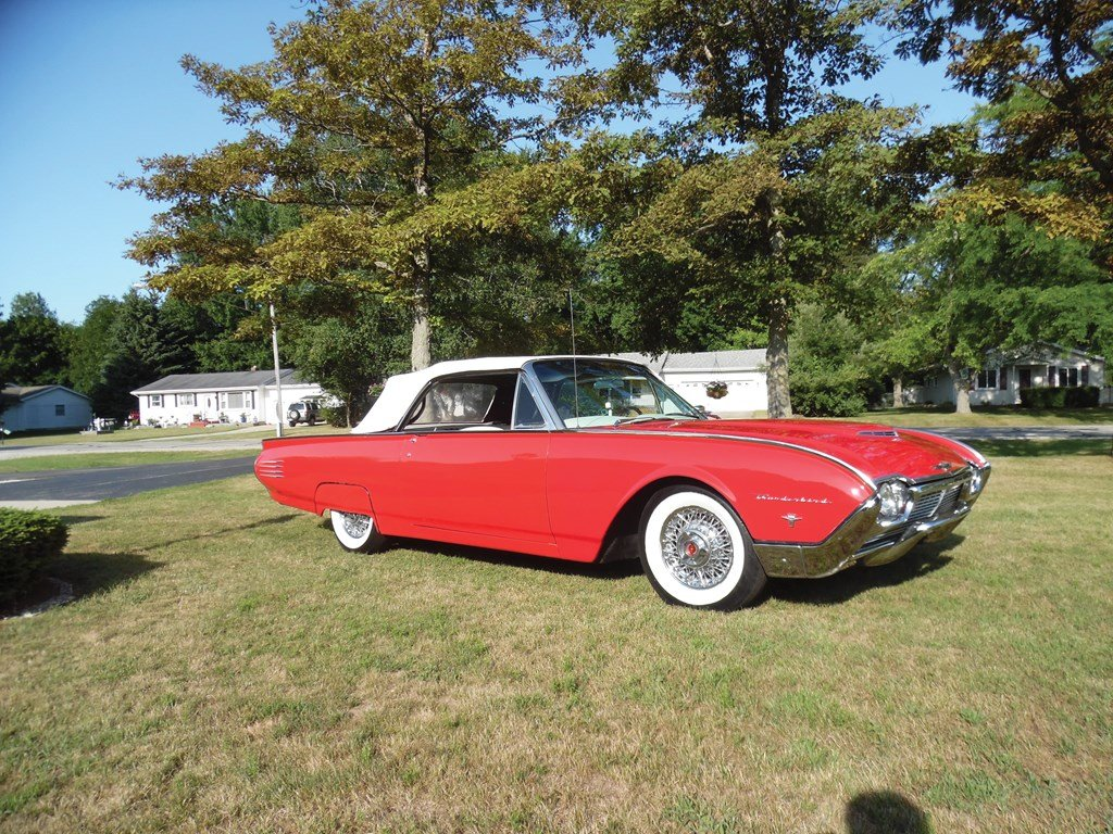 1961 Ford Thunderbird Convertible  For Sale by Auction (picture 1 of 6)