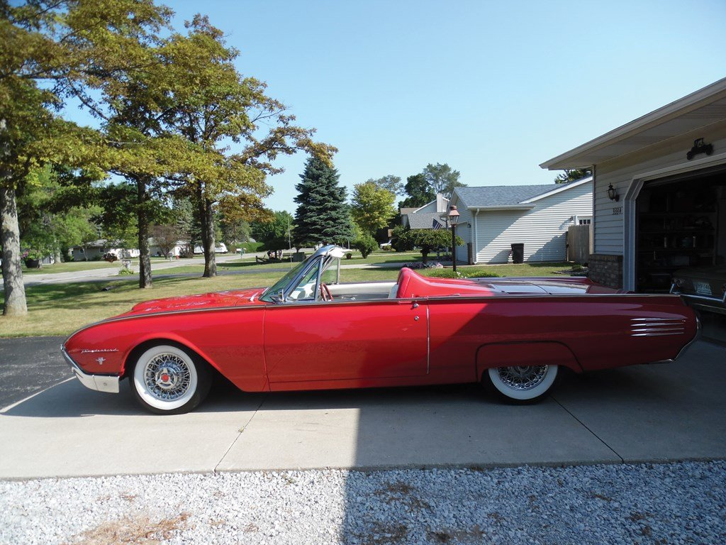 1961 Ford Thunderbird Convertible  For Sale by Auction (picture 5 of 6)