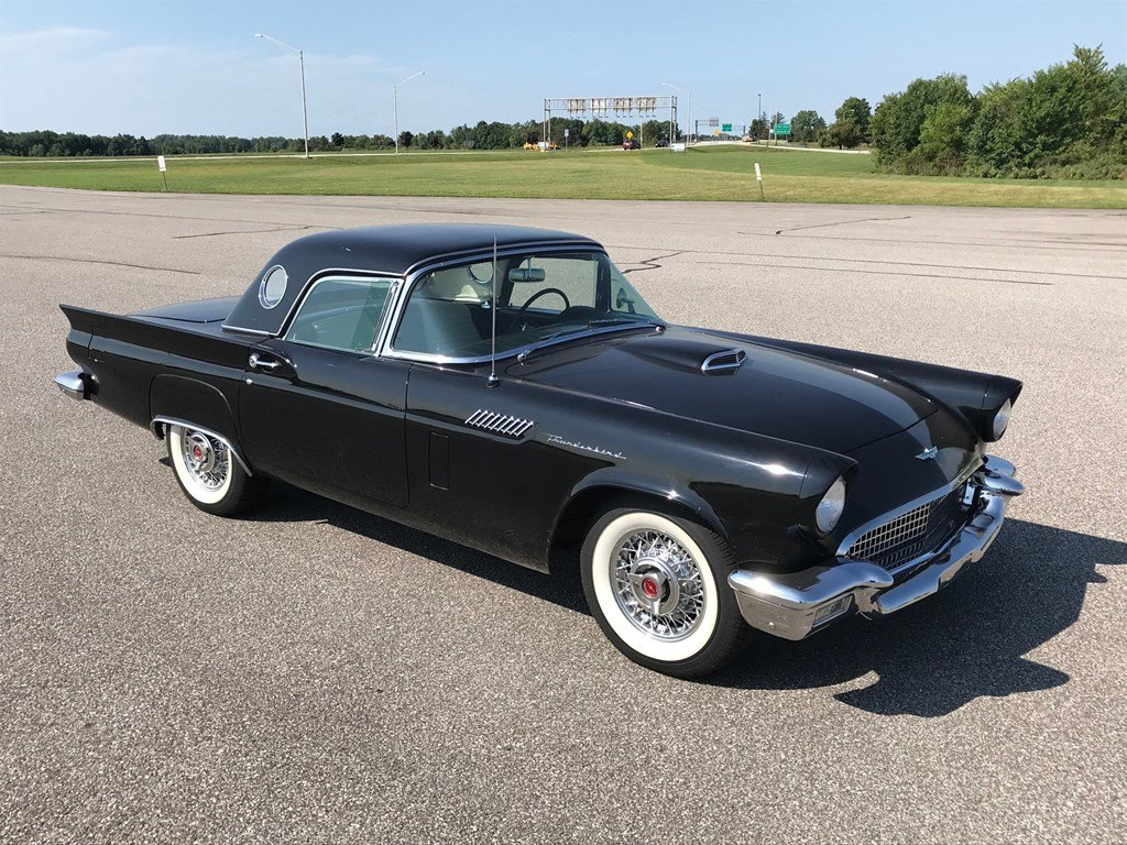 1957 Ford Thunderbird  For Sale by Auction (picture 1 of 6)