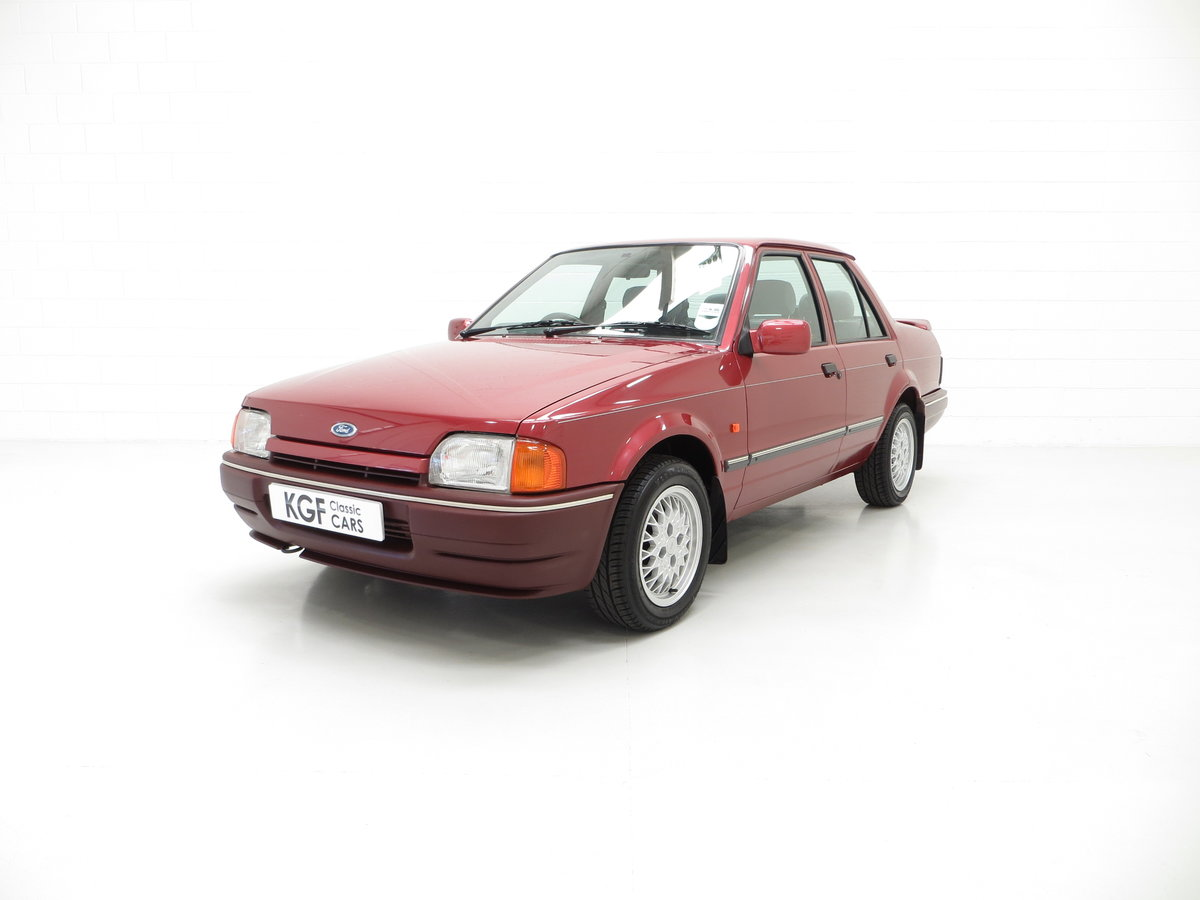 1990 A Special Edition Ford Orion Equipe with Just 29790 Miles For Sale (picture 2 of 6)