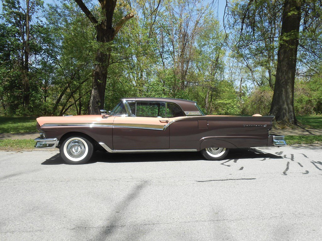 1957 Ford Fairlane Skyliner E-Code  For Sale by Auction (picture 5 of 6)