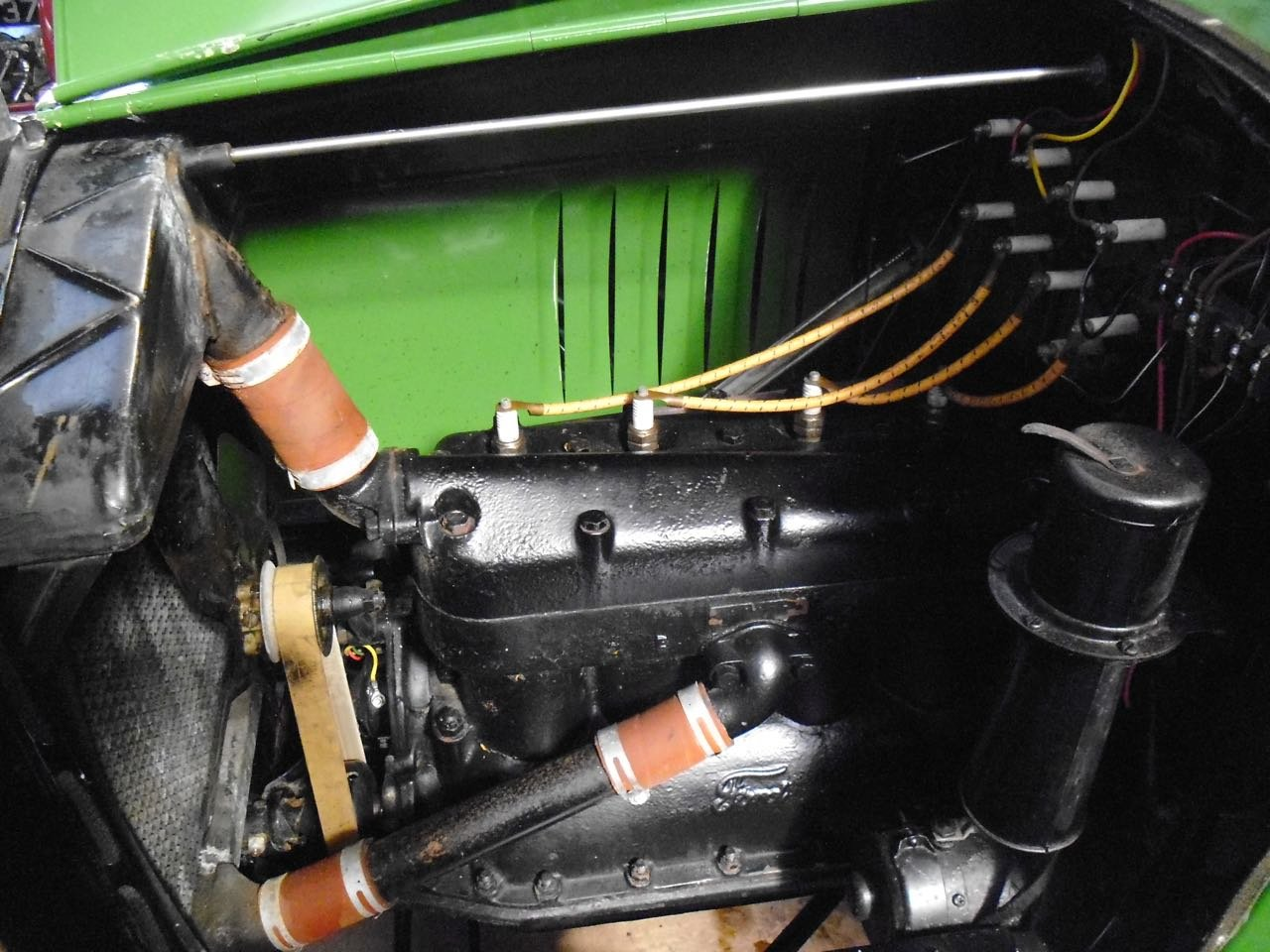 1923 Ford model T oil tanker Fully Restored For Sale (picture 4 of 6)