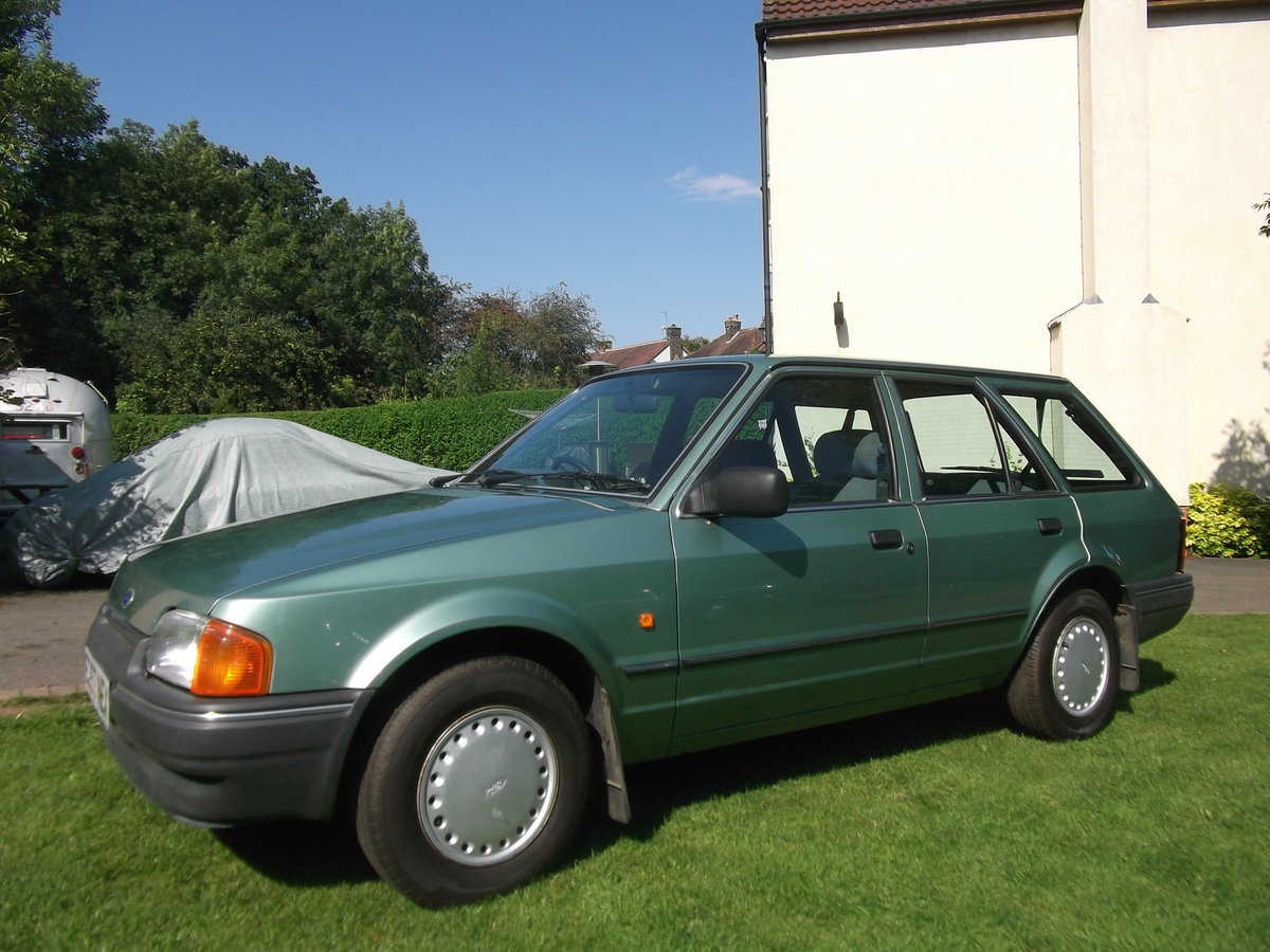 1987 Ford Escort 1.4gl Estate, 1 Owner, Rust Free For Sale (picture 3 of 6)