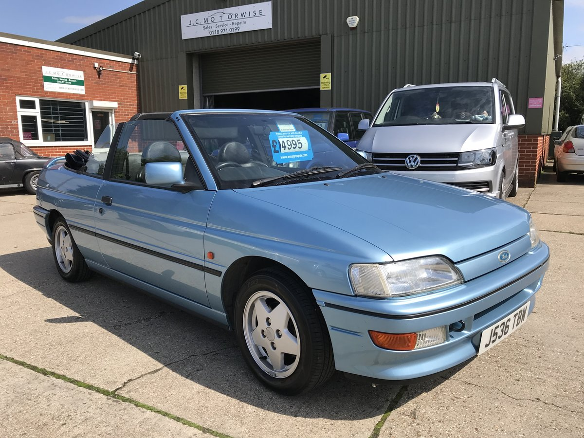 1992 Ford Escort 1.8 ( 130PS ) XR3i Cabriolet For Sale (picture 1 of 6)
