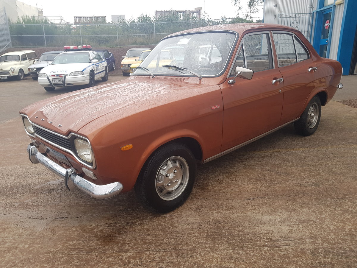 1972 Ford Escort Mk1 1100 XL - 27000 Miles - Time Warp Car For Sale (picture 2 of 6)