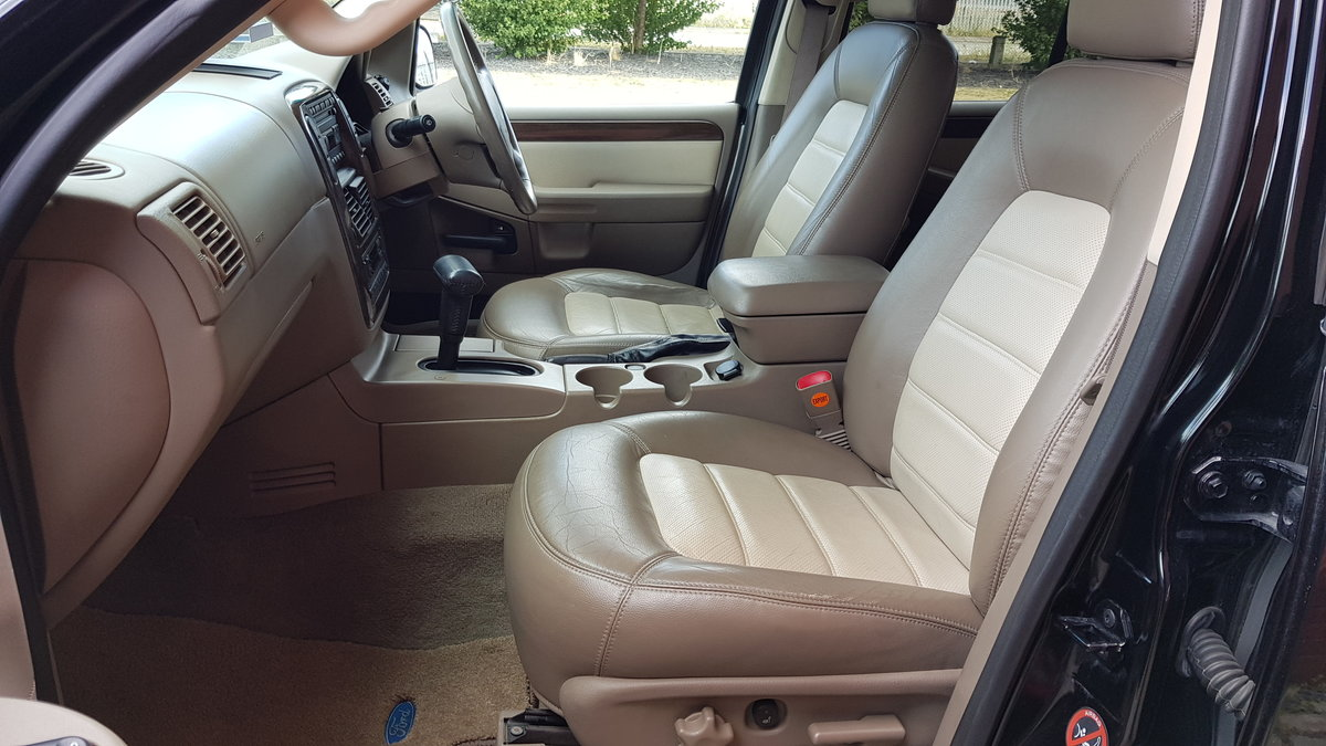 2003 FORD EXPLORER 4.6 EDDIE BAUER AUTOMATIC * 7 SEATER 4X4 LEATH For Sale (picture 3 of 6)