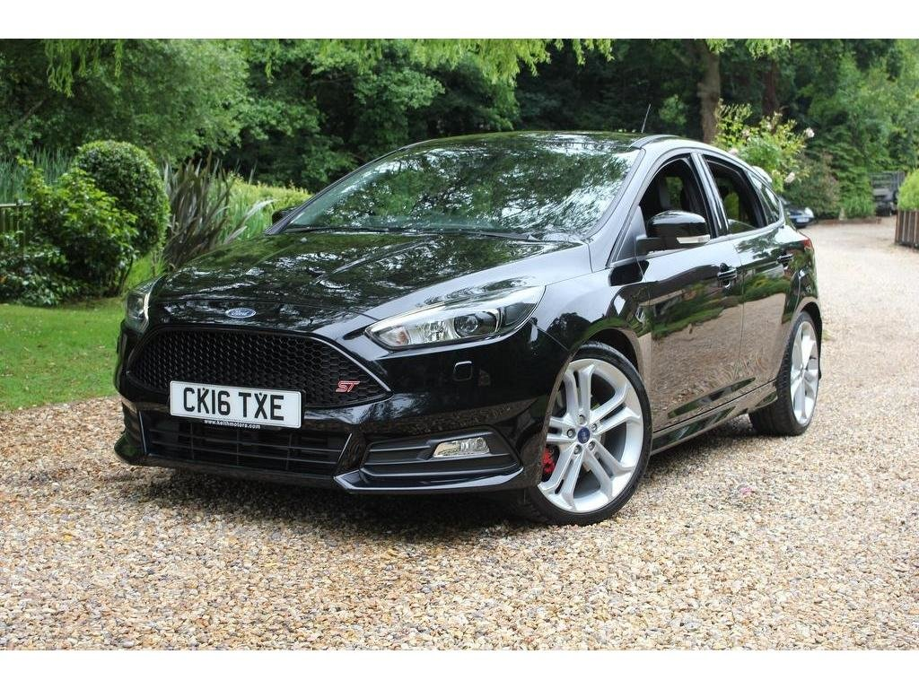 2016 Ford Focus 2.0 T EcoBoost ST-3 (s/s) 5dr OUTSTANDING PERFORM For Sale (picture 1 of 1)