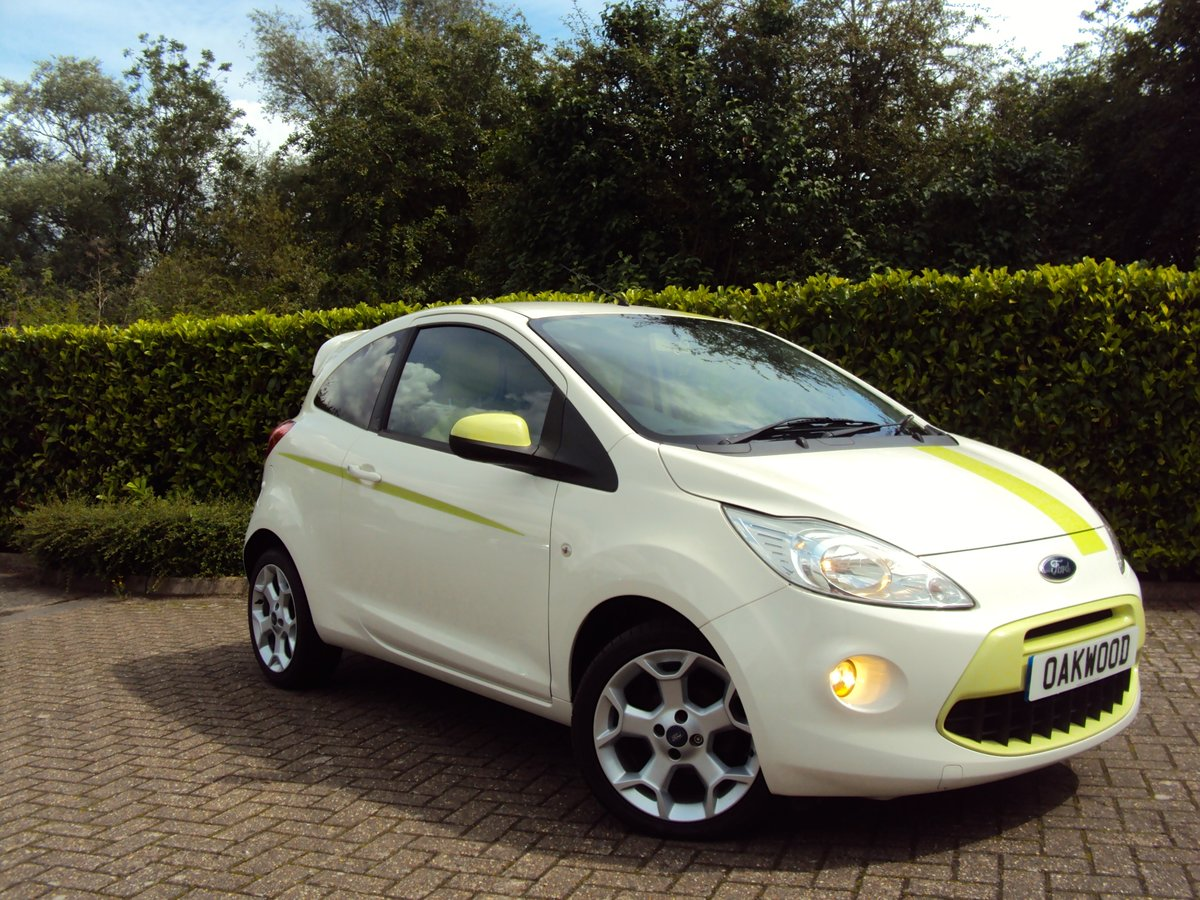 2010 A STUNNING & RARE FORD KA 1.2 DIGITAL 'Individual' For Sale (picture 1 of 6)