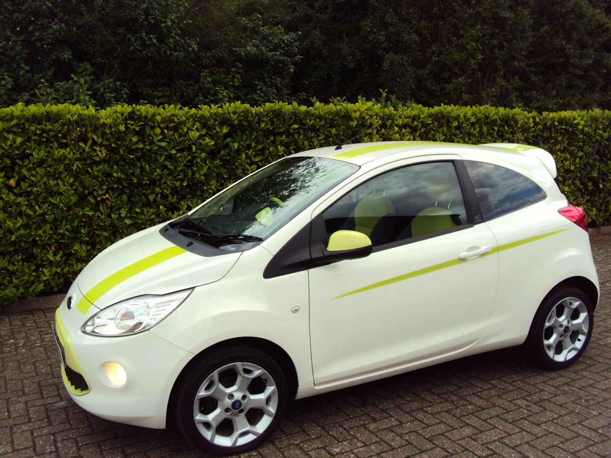 2010 A STUNNING & RARE FORD KA 1.2 DIGITAL 'Individual' For Sale (picture 2 of 6)
