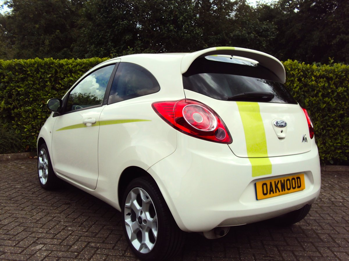 2010 A STUNNING & RARE FORD KA 1.2 DIGITAL 'Individual' For Sale (picture 3 of 6)