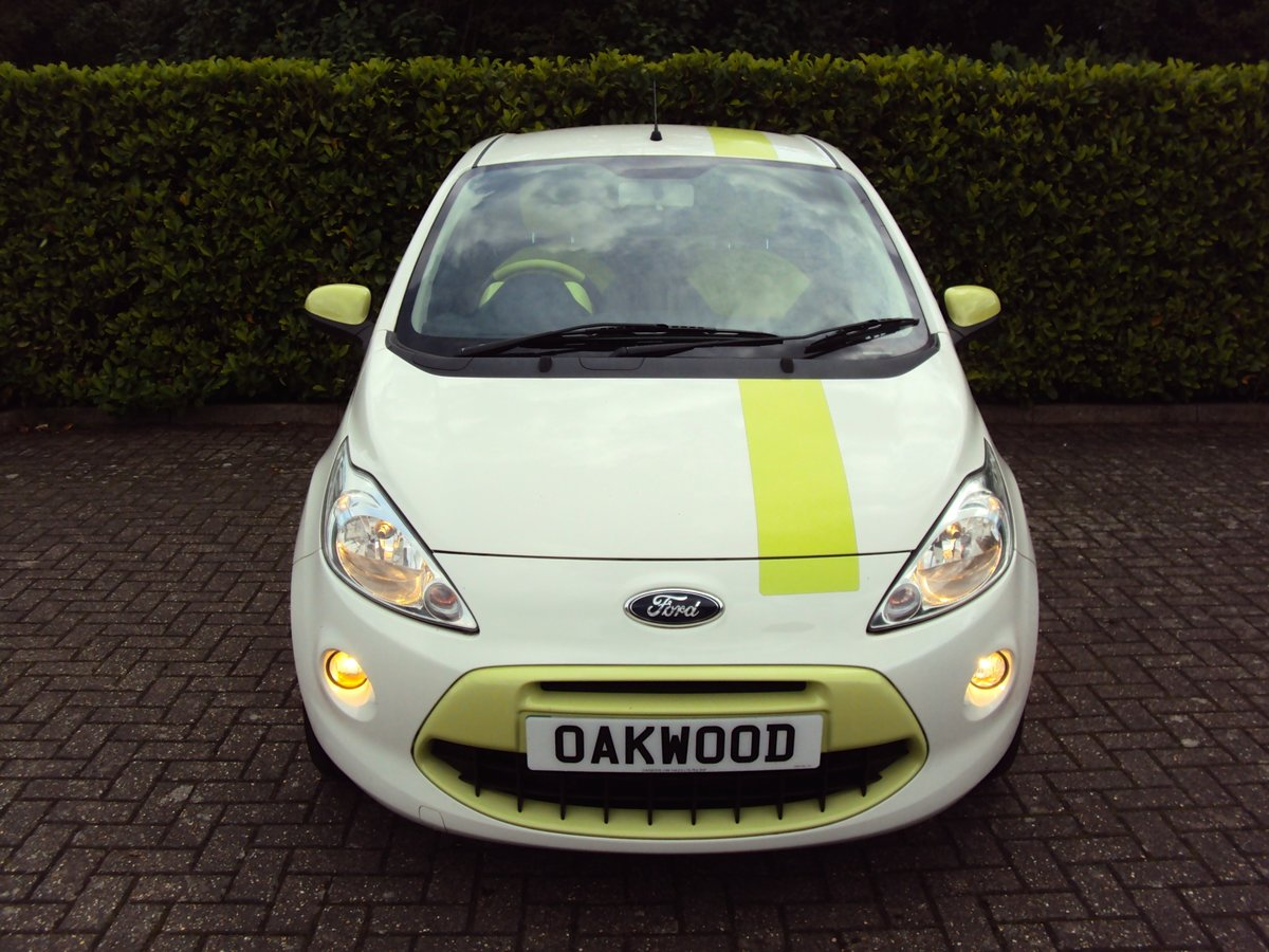 2010 A STUNNING & RARE FORD KA 1.2 DIGITAL 'Individual' For Sale (picture 4 of 6)