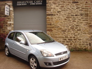 2007 57 FORD FIESTA 1.4 ZETEC CLIMATE 3DR 33193 MILES A/C. For Sale
