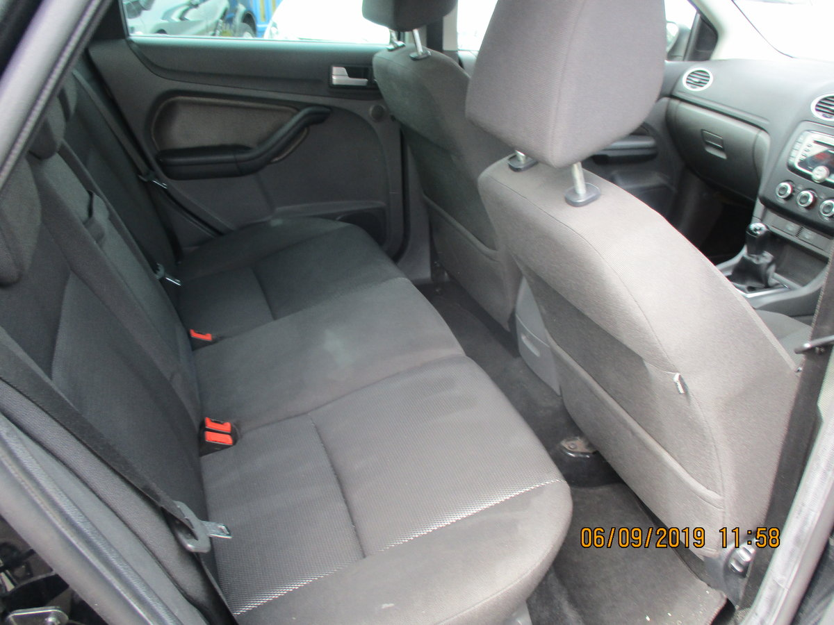 2007 GOOD SOUND DRIVER FOCUS 2LTR  PETROL 5 DOOR NEW MOT For Sale (picture 6 of 6)