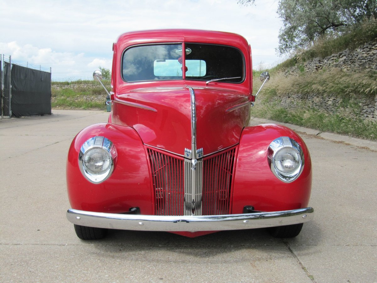 1940 Ford Pickup Resto Mod For Sale (picture 3 of 6)