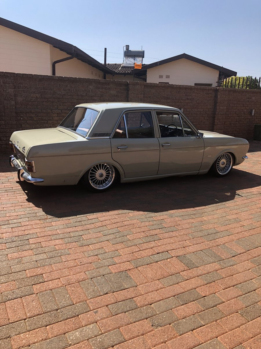 1970 Ford Cortina MK 2 1600 DELUXE For Sale (picture 2 of 6)