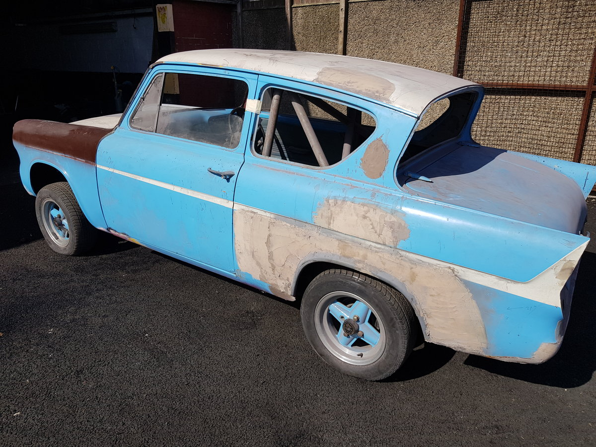 1960 ford anglia 105e For Sale (picture 1 of 6)
