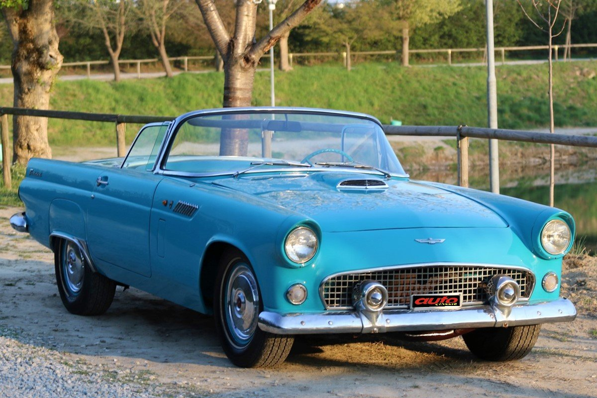 1956 Ford Thunderbird ex Innocenti For Sale (picture 1 of 6)
