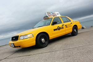 2003 P71 Ford Crown Victoria Yellow New York Taxi V8 For Sale