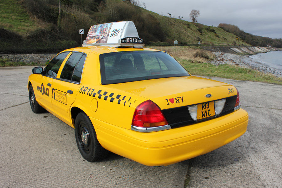 2003 P71 Ford Crown Victoria Yellow New York Taxi V8 For Sale (picture 2 of 6)