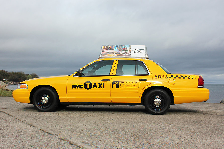 2003 P71 Ford Crown Victoria Yellow New York Taxi V8 For Sale (picture 4 of 6)
