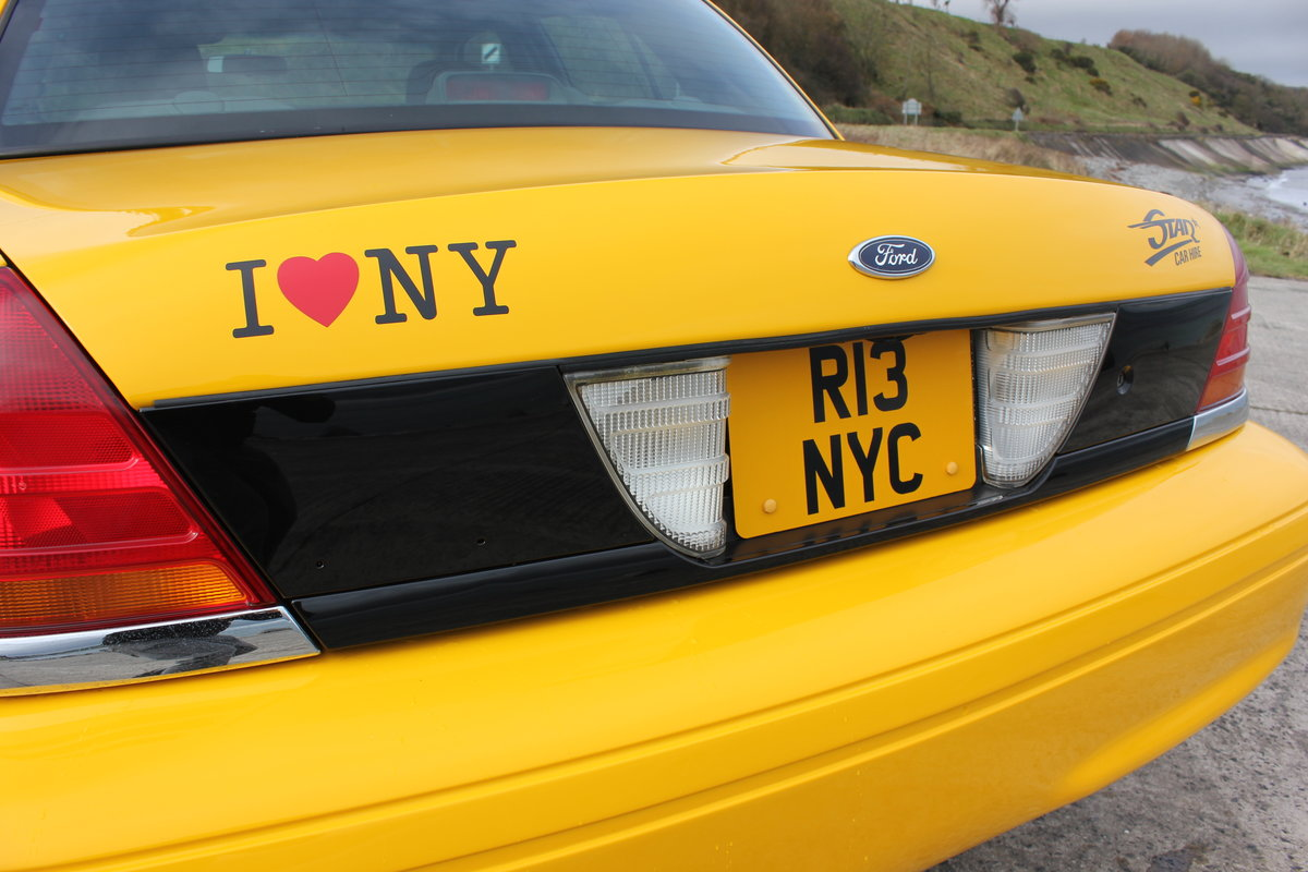 2003 P71 Ford Crown Victoria Yellow New York Taxi V8 For Sale (picture 5 of 6)