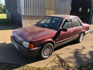 1989  Ford Orion 1.6i ghia 1 lady owner 37k barn find resto