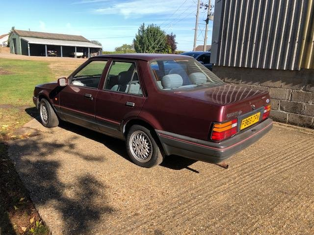 1989 Ford Orion 1.6i ghia 1 lady owner 37k barn find resto SOLD (picture 2 of 6)
