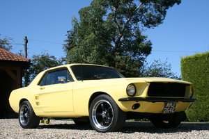 1967 Ford Mustang Coupe Pro. Mod. Manual 302 V8 . Awesome Pe For Sale