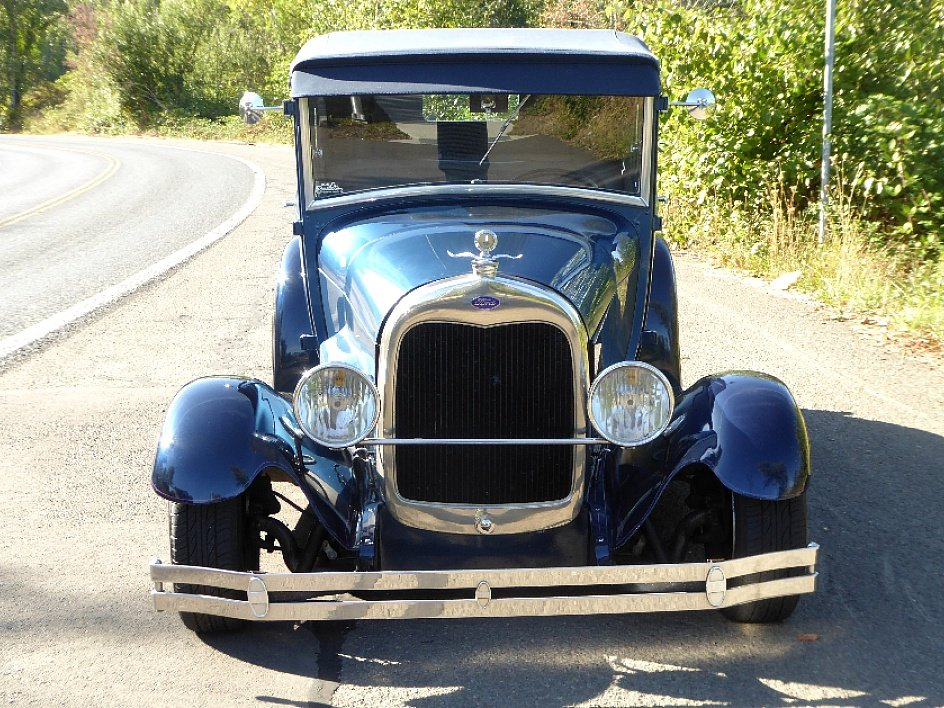 1928 Ford Roadster Rumble(~)Seat Restored Clean Blue driver For Sale (picture 4 of 6)