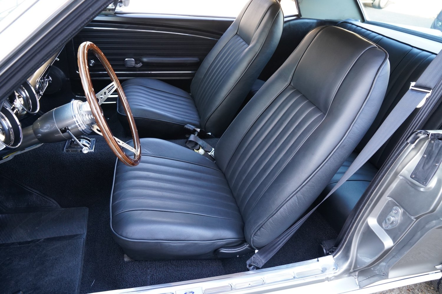 1968 Ford Mustang 289 Automatic V8 Restored & Upgraded SOLD (picture 5 of 6)