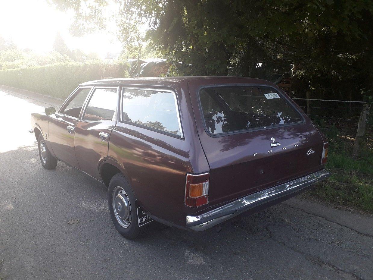 1971 Ford Cortina MK3 1,6  Estate For Sale (picture 4 of 6)