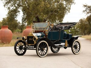 1912 Ford Model T Torpedo Runabout  For Sale by Auction