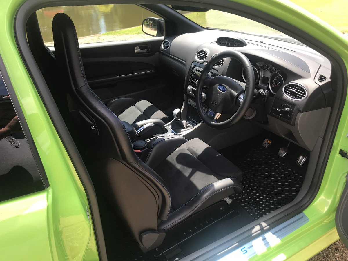 2010 *NOW SOLD* Ford Focus RS For Sale (picture 5 of 6)