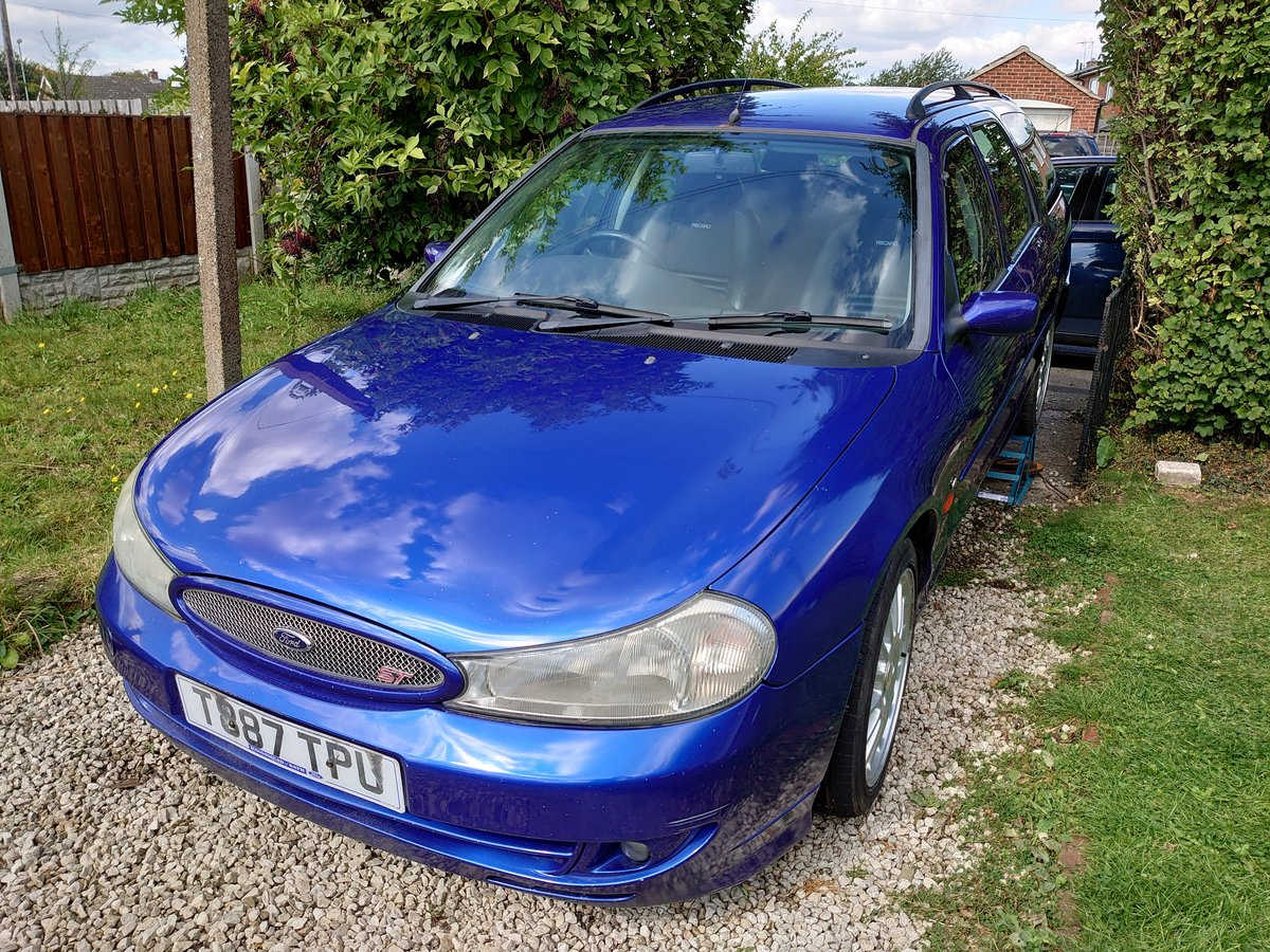 1999 Mondeo t200 estate rare car! For Sale (picture 1 of 6)
