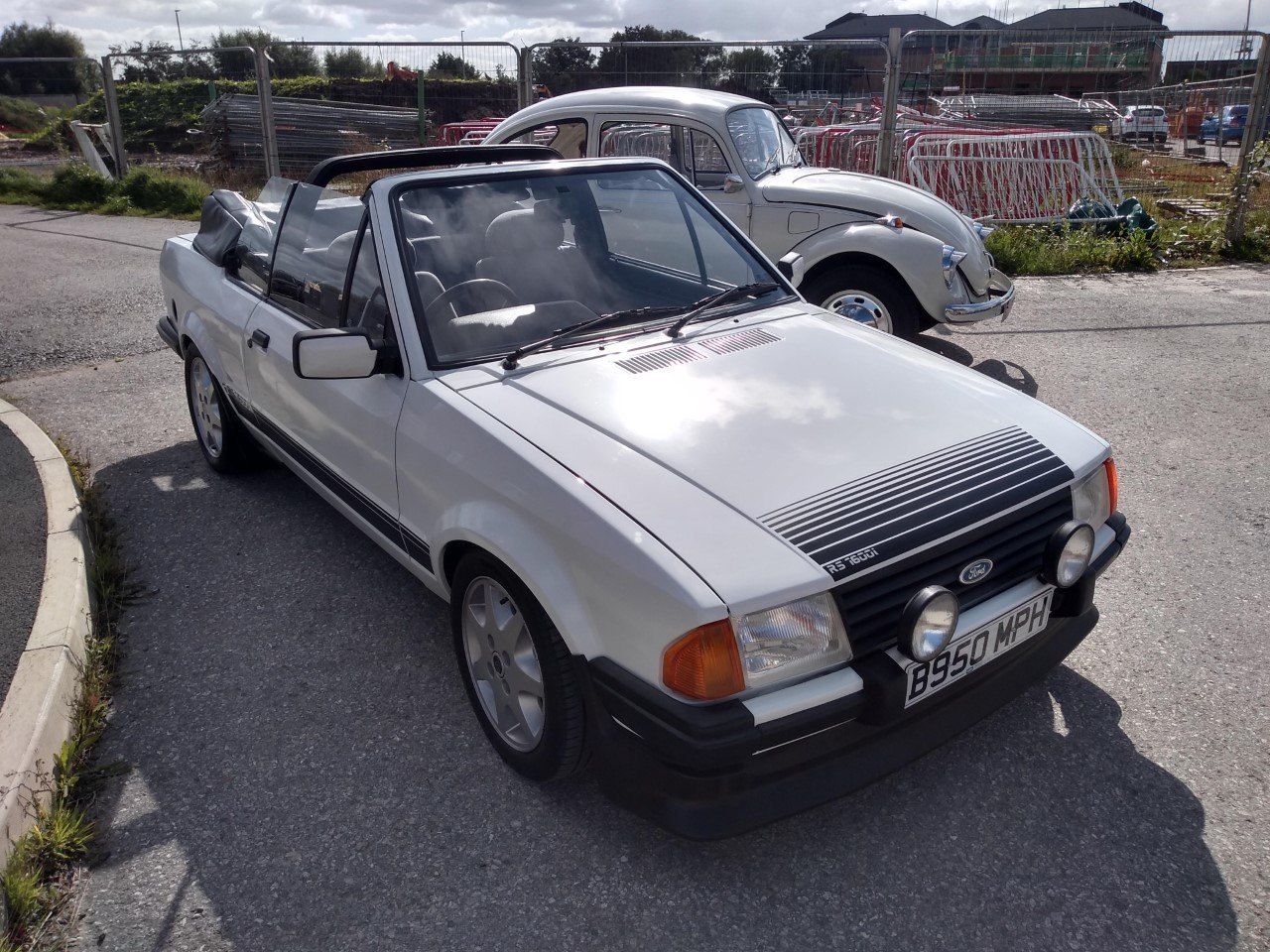 1985 Ford Escort Mk3 1.6i RS1600i Rep Cabriolet 81K For Sale (picture 1 of 6)