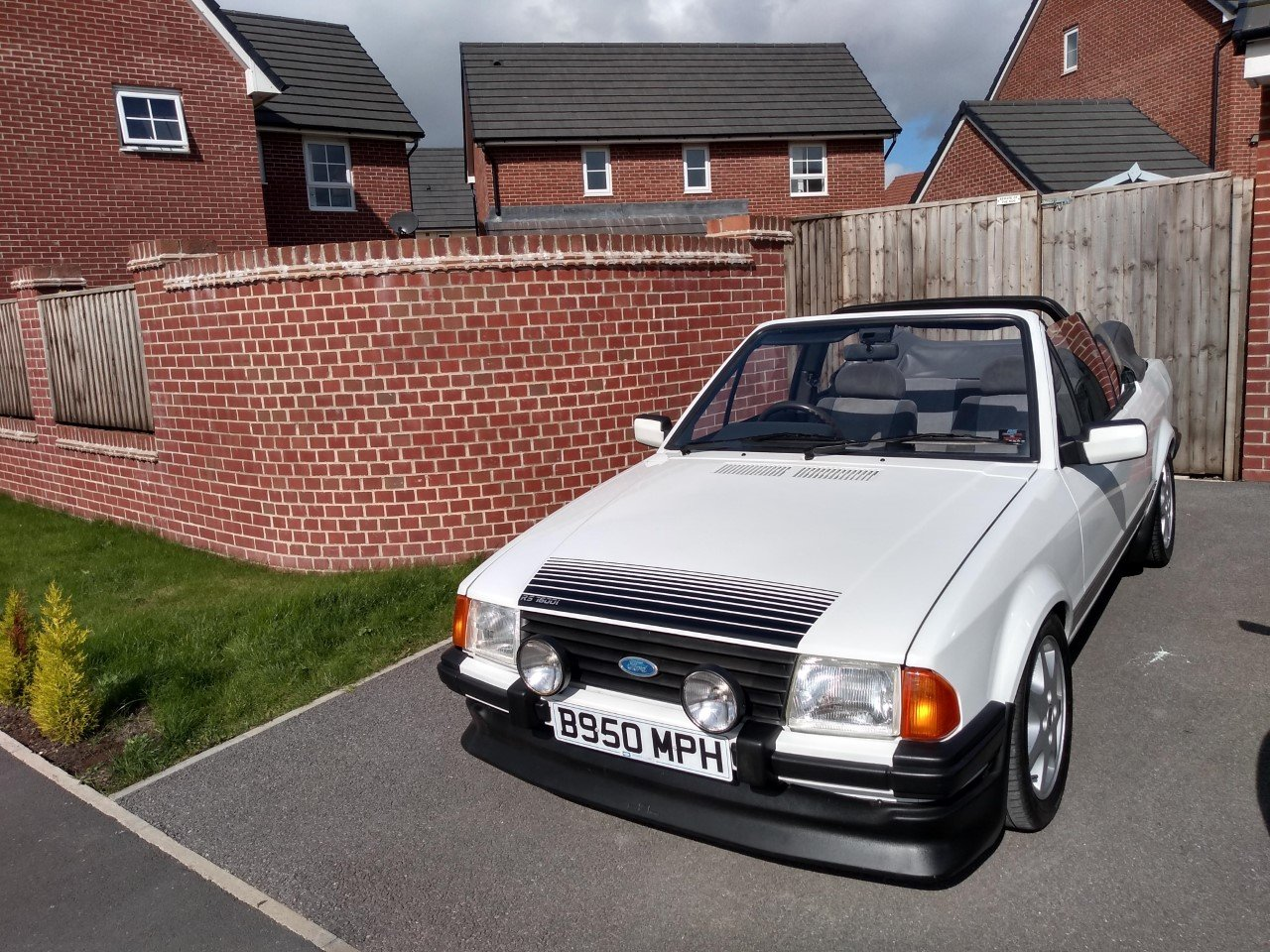 1985 Ford Escort Mk3 1.6i RS1600i Rep Cabriolet 81K For Sale (picture 3 of 6)