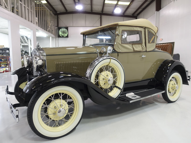 1930 Ford Model A Deluxe Rumble Seat Roadster For Sale (picture 2 of 6)