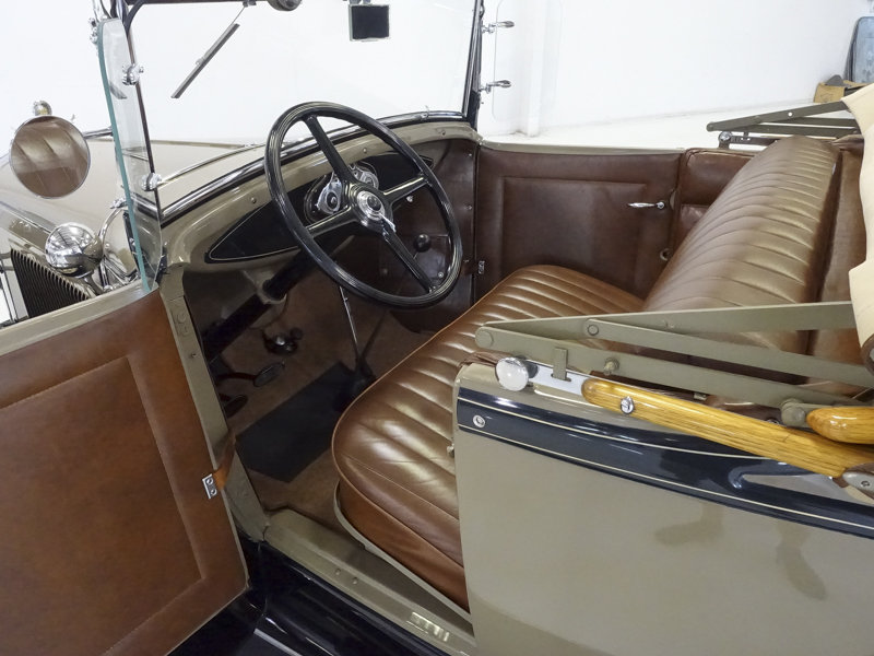 1930 Ford Model A Deluxe Rumble Seat Roadster For Sale (picture 4 of 6)