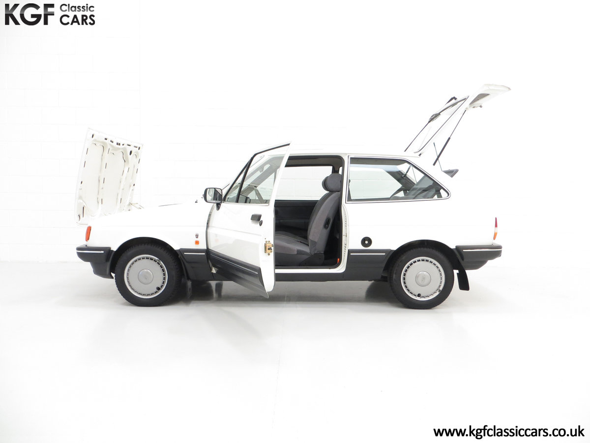 1987 An Astonishing Ford Fiesta Mk2 1.4 Ghia with 34,816 Miles SOLD (picture 3 of 6)