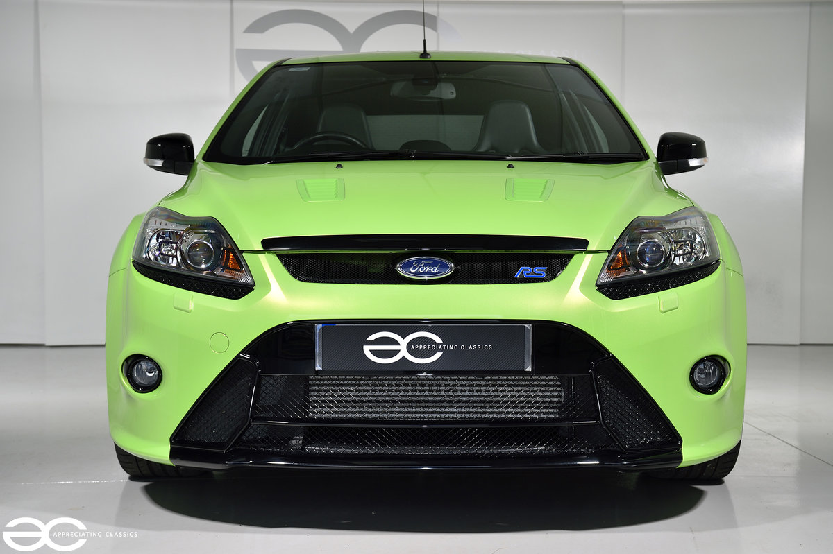 2009 One Owner - 2k Miles - Ford Focus RS - Lux 2 SOLD (picture 1 of 6)