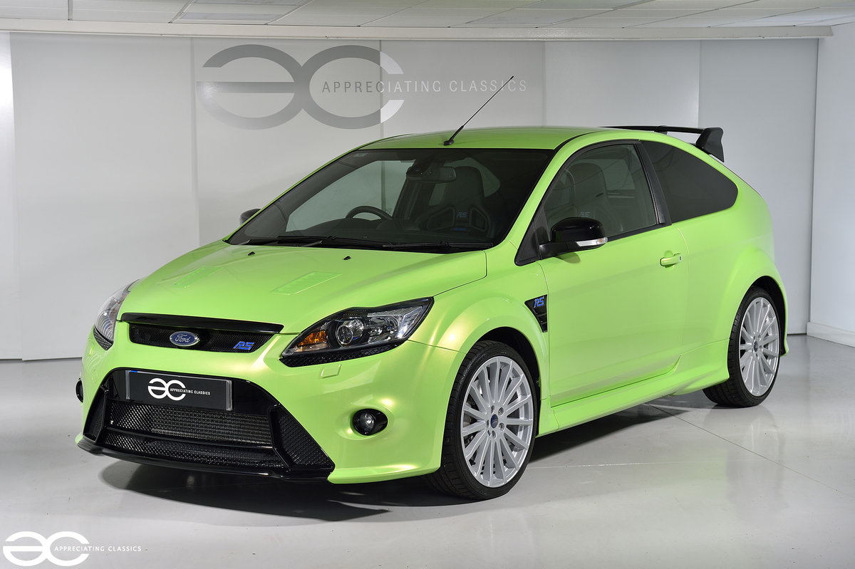 2009 One Owner - 2k Miles - Ford Focus RS - Lux 2 SOLD (picture 2 of 6)