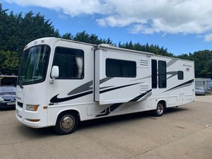 2007 Fourwinds Hurricane 31H RV Motorhome with TWIN SLIDEOUTS
