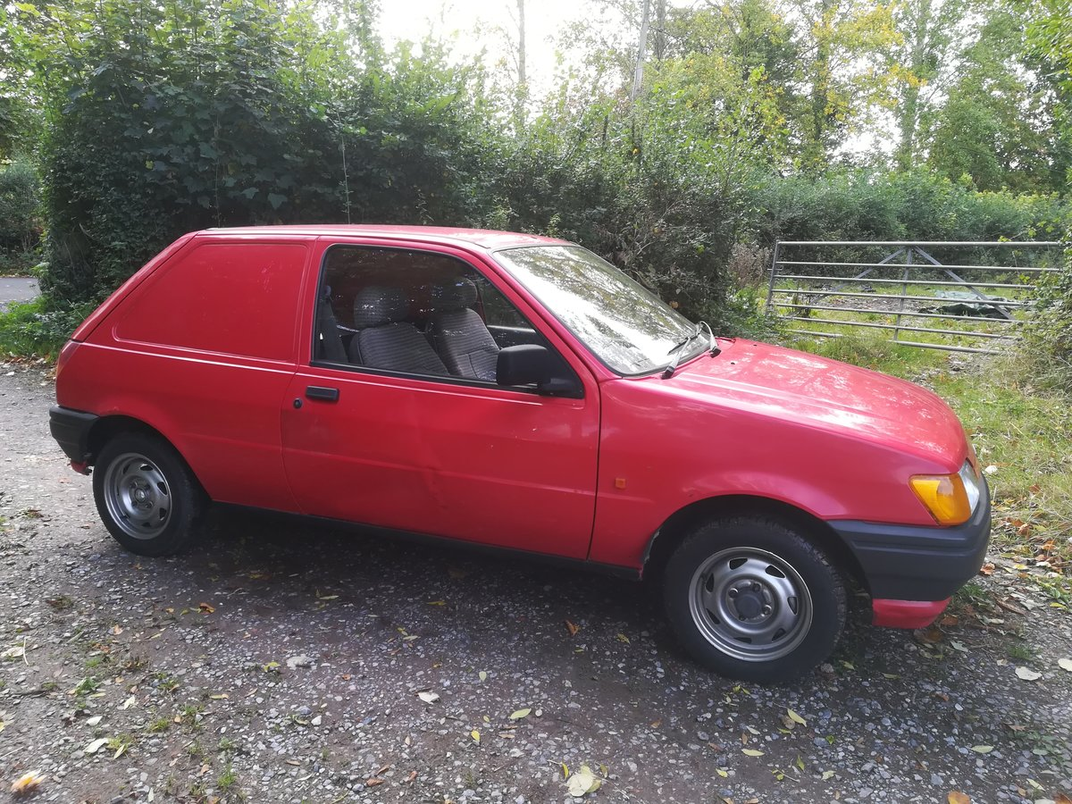 1991  Classic Ford Fiesta Van SOLD (picture 2 of 6)