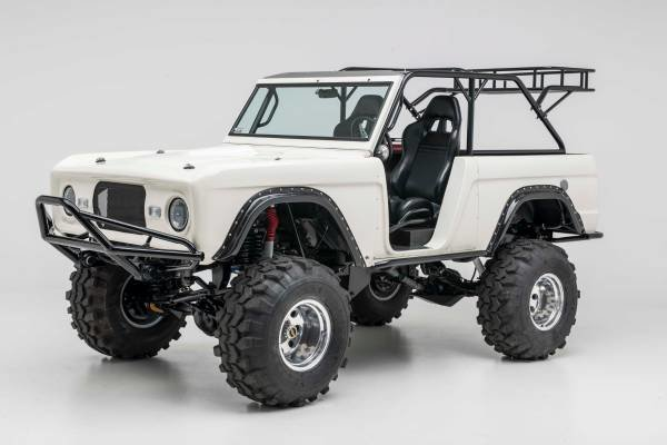 1970 Ford Bronco Full Restore All Custom 1 off 450-HP Lift  $55.9 For Sale (picture 1 of 6)