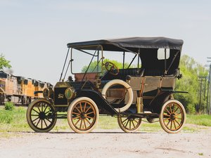 1910 Ford Model T Touring  For Sale by Auction