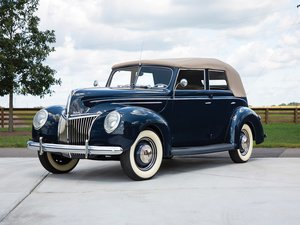1939 Ford V-8 DeLuxe Convertible Sedan  For Sale by Auction