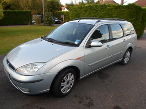 Ford Focus Ghia 1.8 estate 2004 petrol manual MOT
