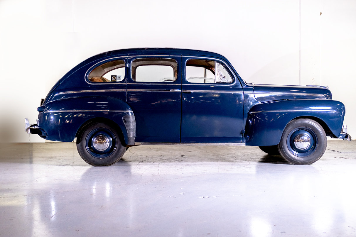 1946 Ford Deluxe For Sale (picture 3 of 6)