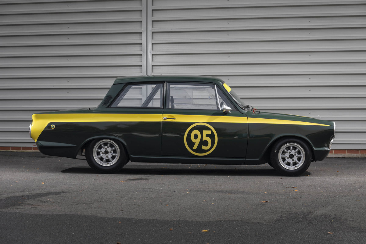 1965 FORD CORTINA For Sale (picture 2 of 6)